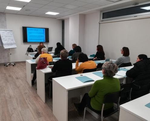 Corso promosso dall'Associazione Donna Più Onlus di Castellana Grotte e rivolto a sole donne.
