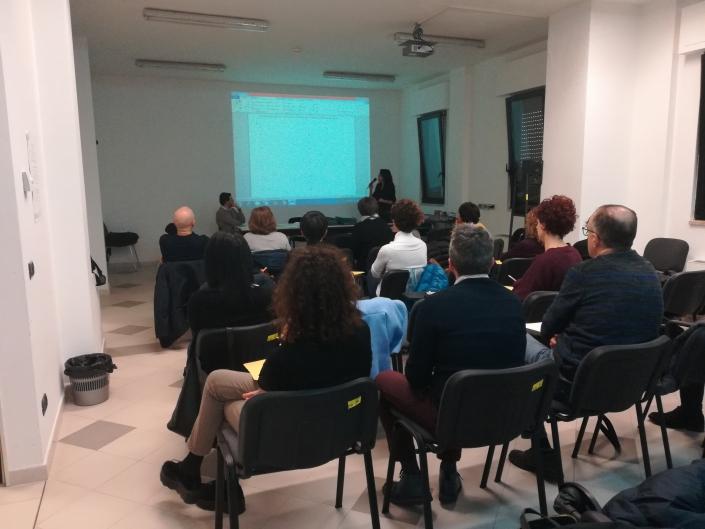 """Corsi di inglese ed informatica presso l'IRCCS """"De Bellis"""" di Castellana Grotte."""